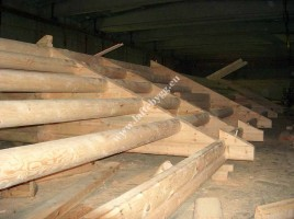 construction of wooden houses under the key projects
